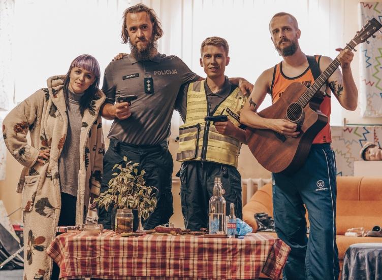 Gytis Ambrazevičius ir Bjelle pristato dainą apie skyrybas: ją parašyti įkvėpė šmaikšti patarlė